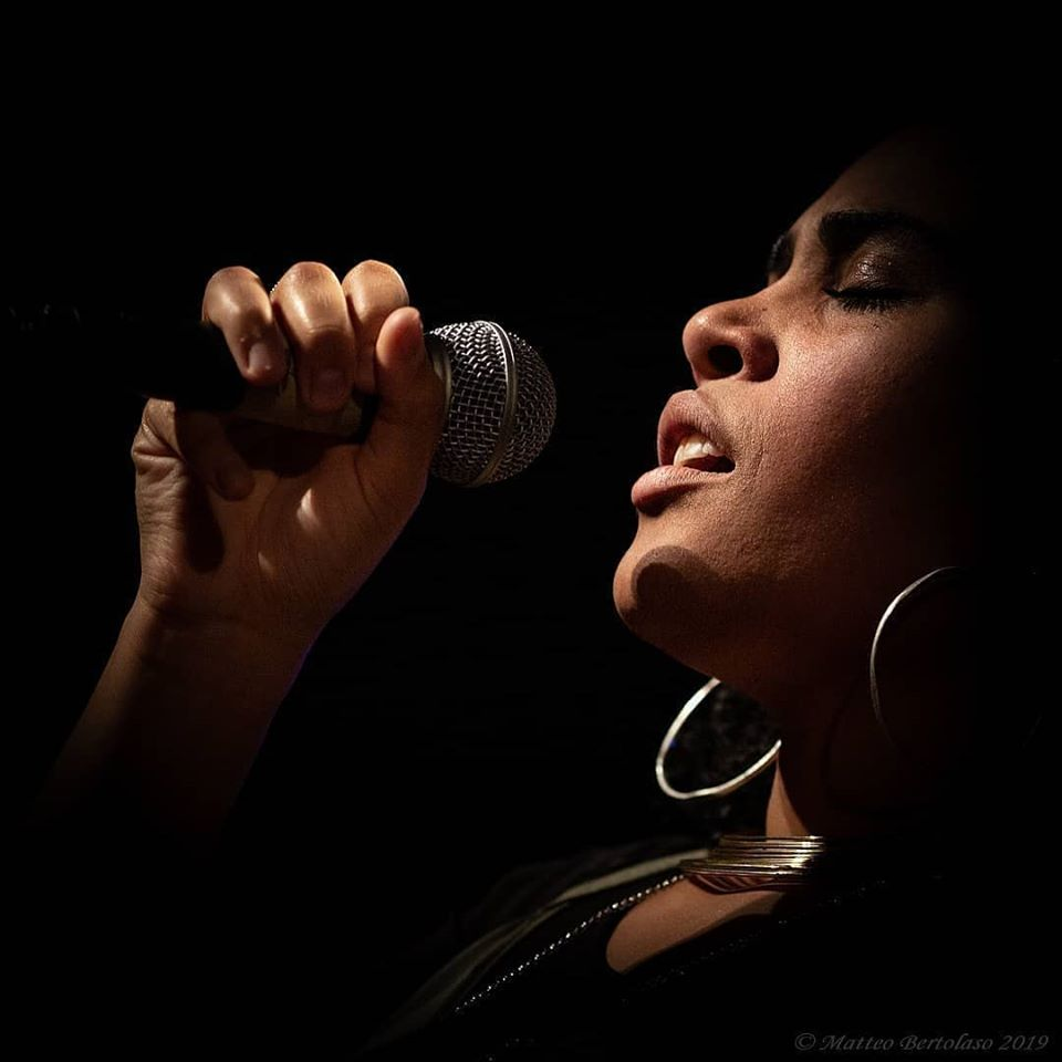 """""""100 Note in Rosa"""" ANNA BASSY soul duo"""